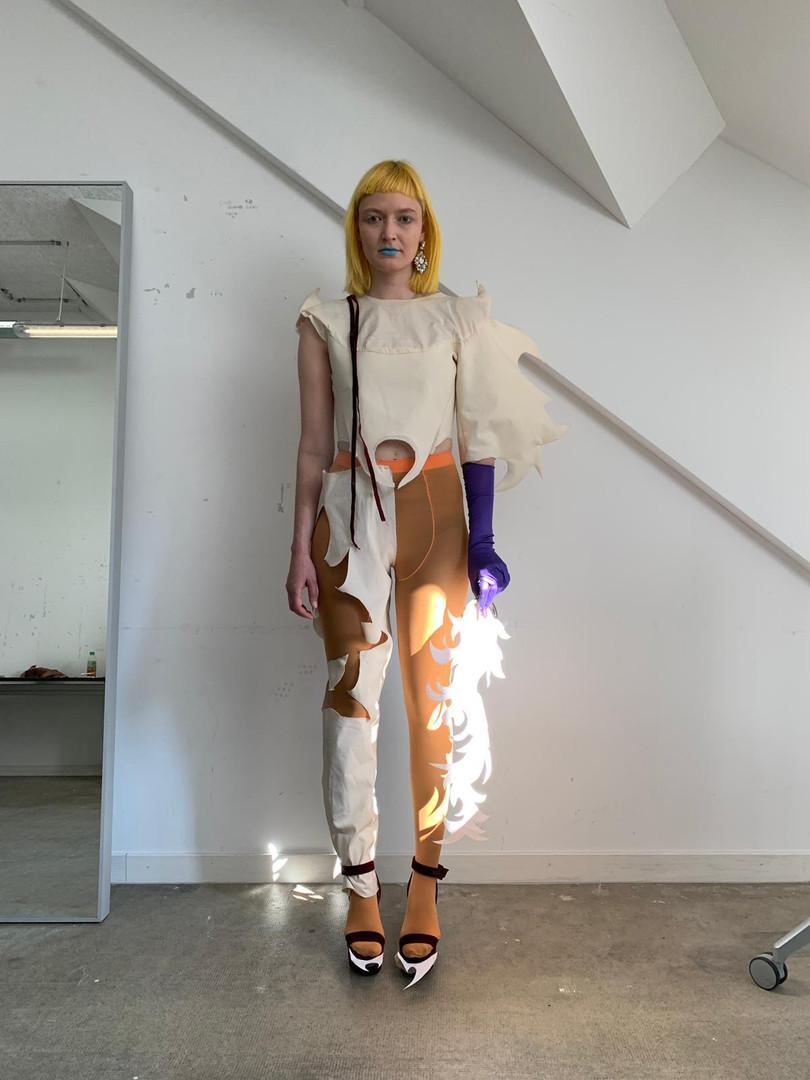 Model: Mara D.