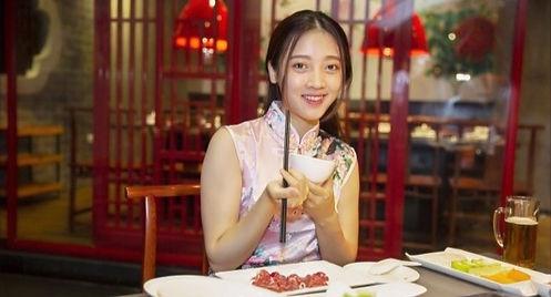 chinese-girl_edited_edited.jpg
