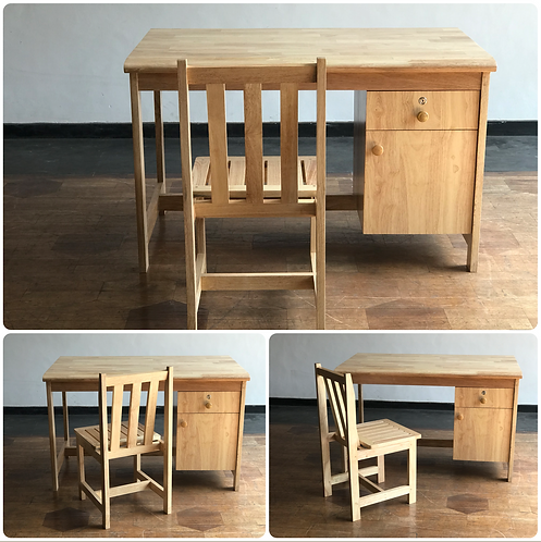 STANDARD Writing Table & Chair