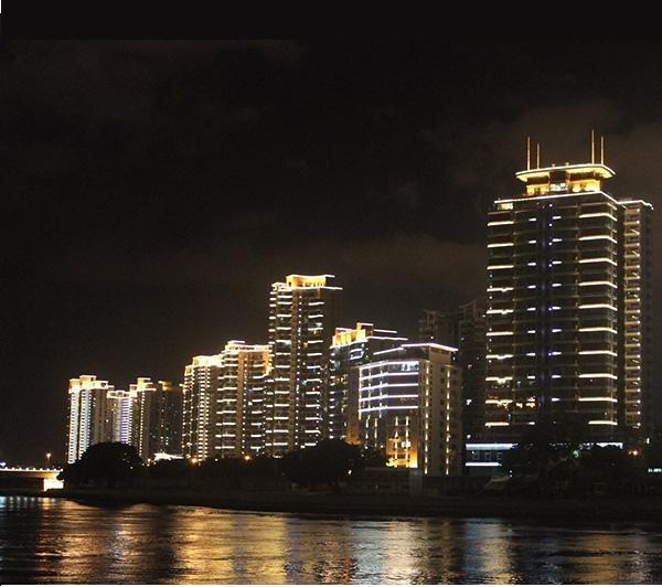 Iluminaçao externa predios
