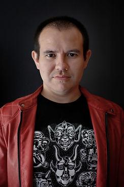 Roberto Flores.jpg