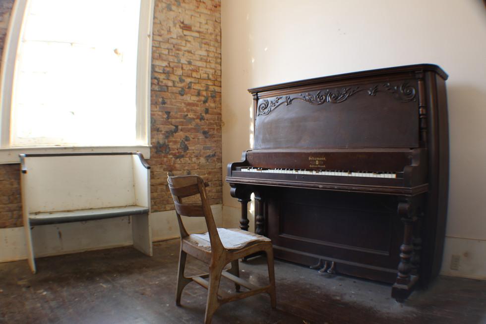 Rodney Piano