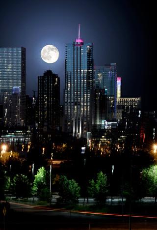 Moonrise 4 Seasons