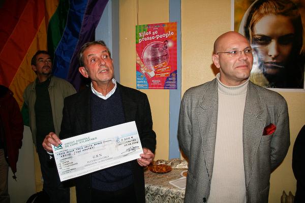 Remise des chèques 2006