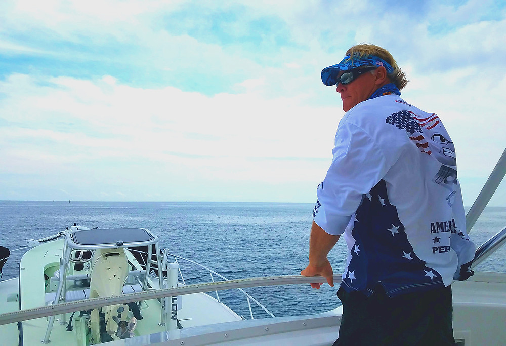 Capt Blair Wiggins Chub Cay on Starbrite Viking Sportfisher