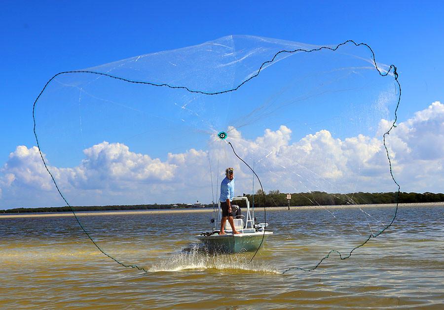 Blair Wiggins throws Barracuda Cast Nets