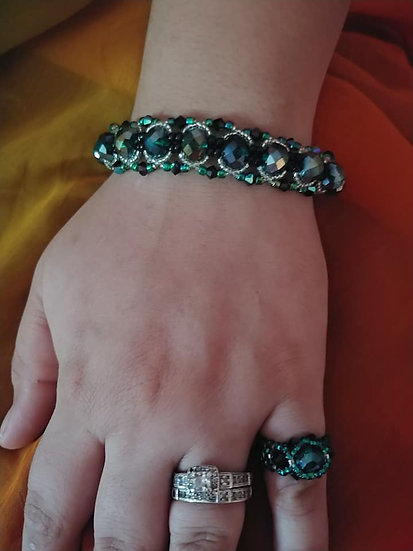 """EMERALD'S OF GLORY"""" Bracelet and Ring Set"""