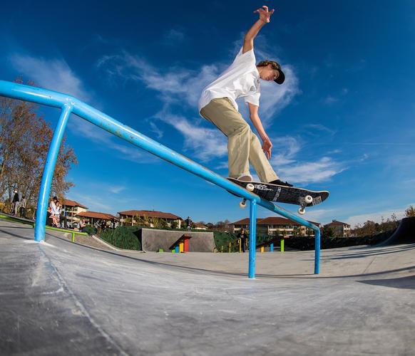 Enuff Skateboards - Elian Front Feeble P
