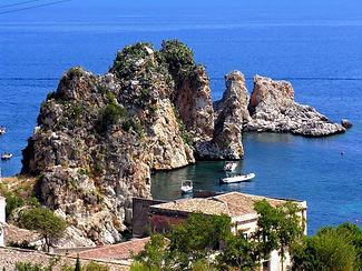 sicily-italy-coast-sea-headland-promonto