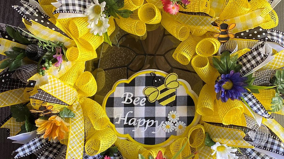 "Large 30""Mesh Wreath Bee Happy"