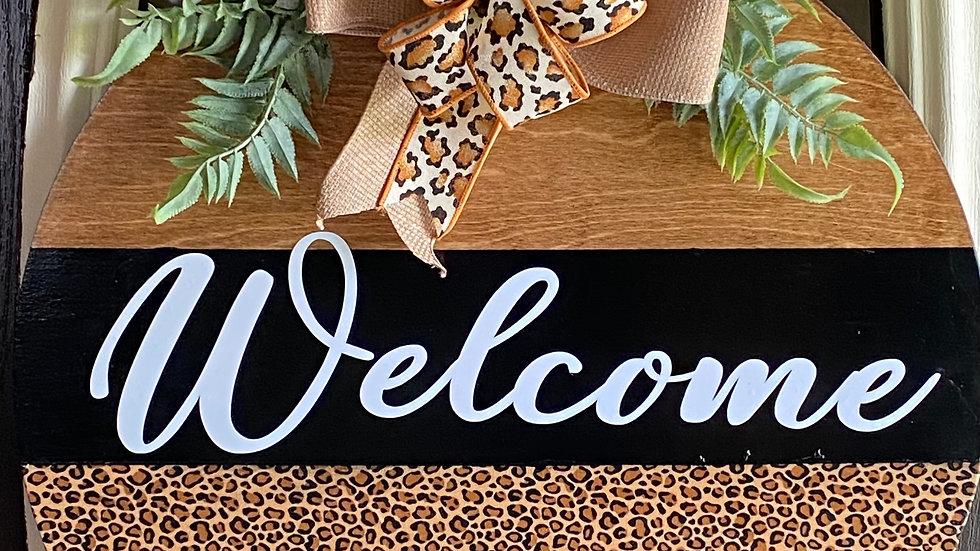 """18"""" door Hanger Leopard print"""