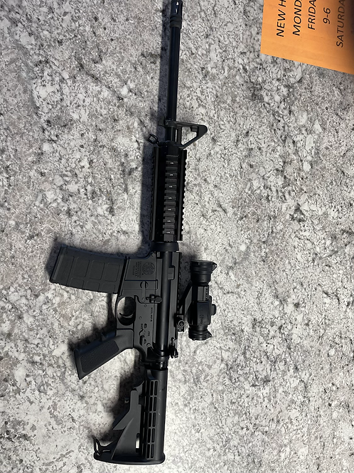 Smith & Wesson M & P 15