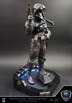 Tie_Pilot_MYC_Sculptures_Statue_20