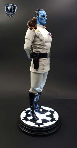 Thrawn_custom_statue_MYC_Sculptures_10
