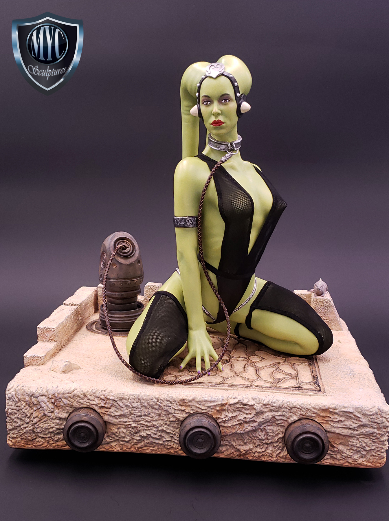 Oola_Star_Wars_Statue_01