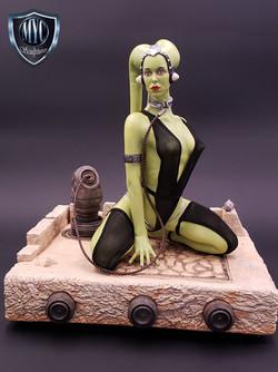 Oola_Star_Wars_Statue_01
