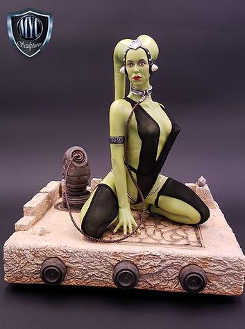 Oola_Star_Wars_Statue_01.jpg