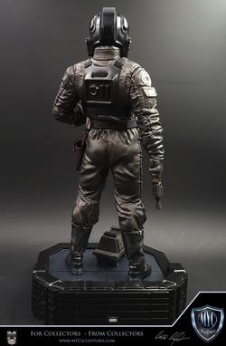 Tie_Pilot_MYC_Sculptures_Statue_05