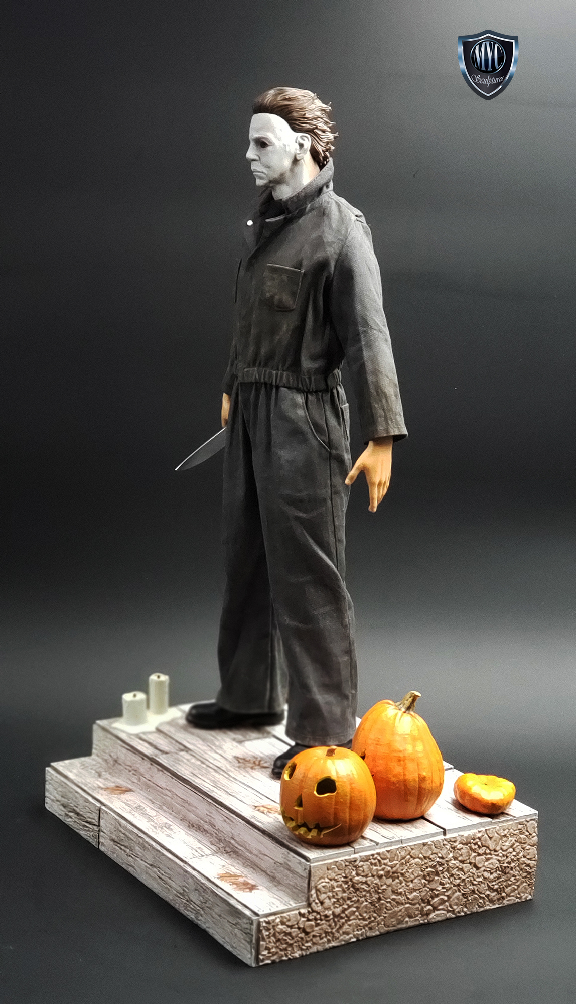 Michael_Myers_Custom_Statue_04