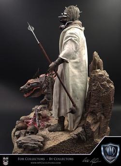 Tusken_Raider_and_Massiff_MYC_Sculptures_Statue_23