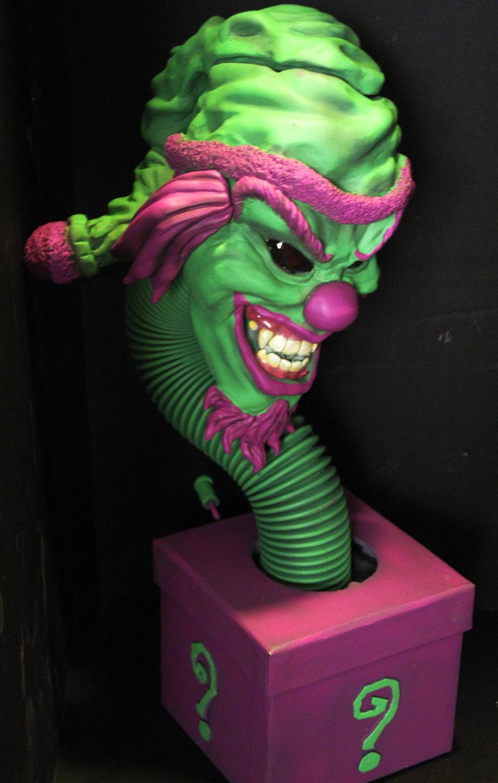 clown_ee