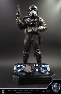 Tie_Pilot_MYC_Sculptures_Statue_02
