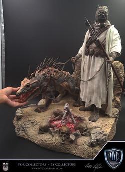 Tusken_Raider_and_Massiff_MYC_Sculptures_Statue_19