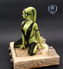 Oola_Star_Wars_Statue_03