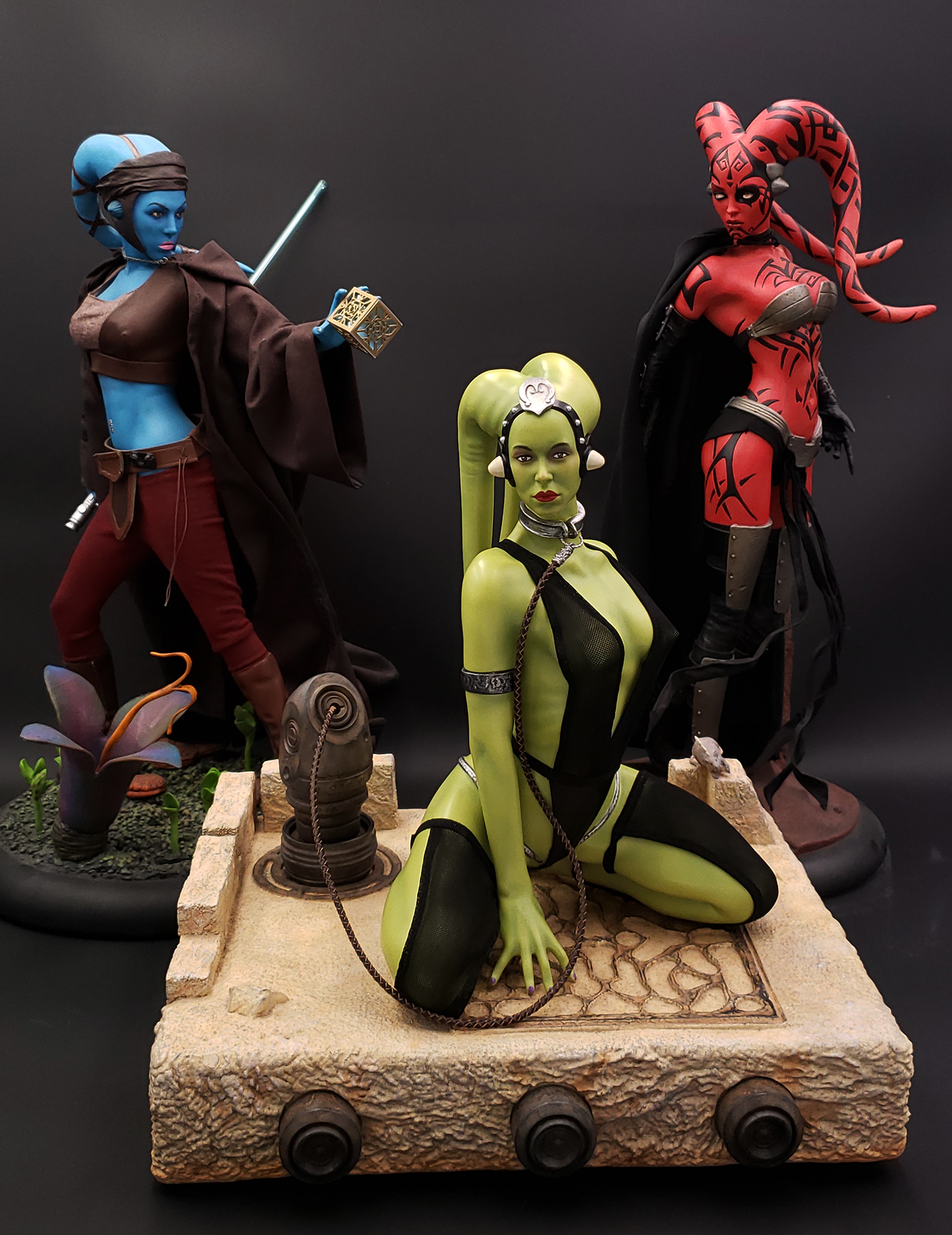 Oola_Star_Wars_Statue_22