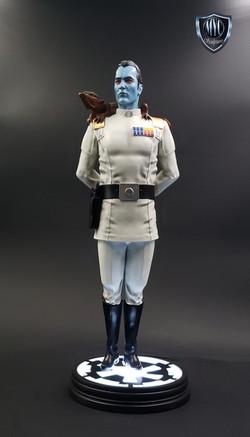 Thrawn_custom_statue_MYC_Sculptures_19