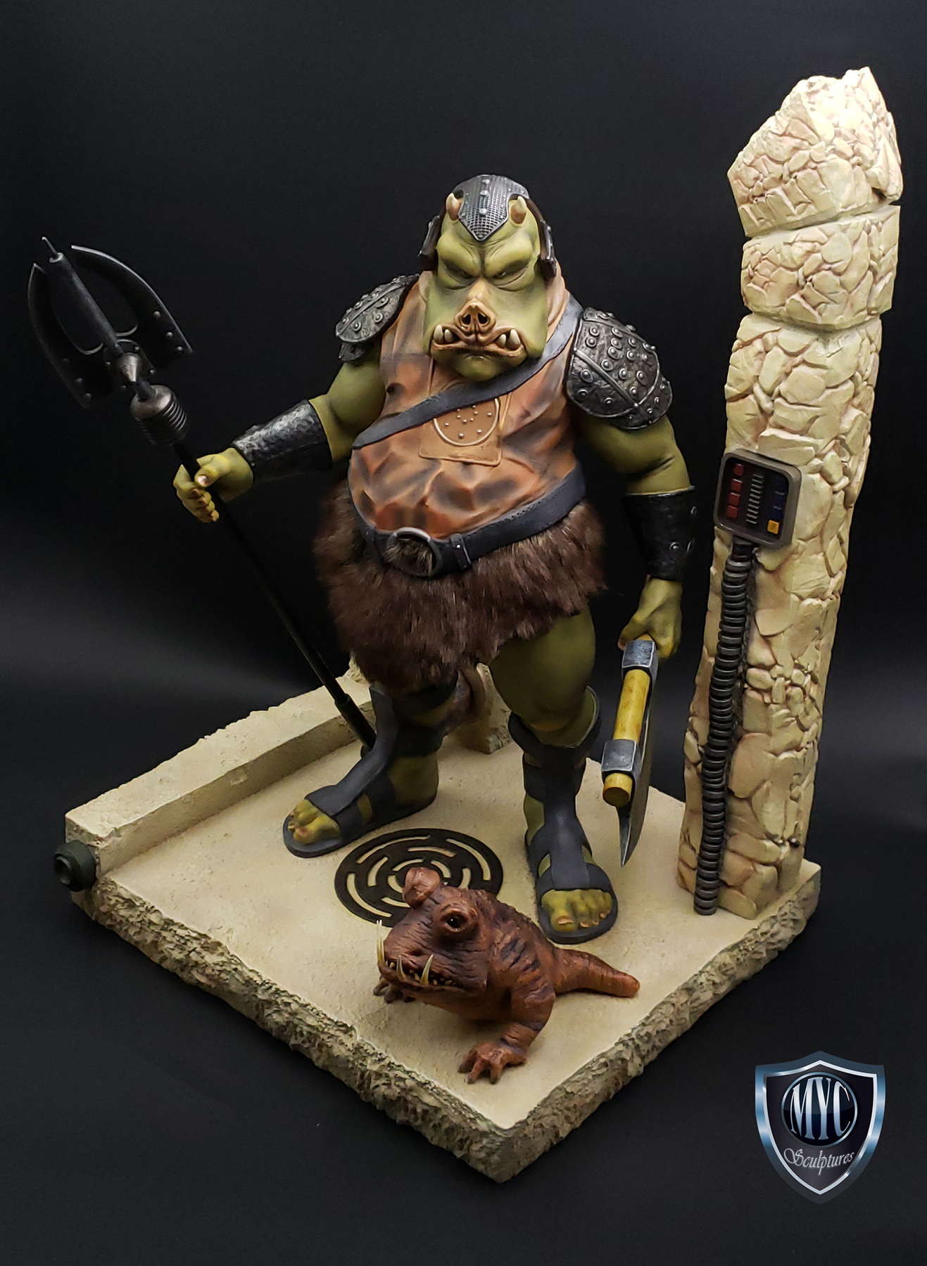 Gamorrean_Guard_MYC_Custom_Statue_04