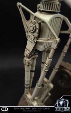 8D8_SmelterDroid_MYC_Sculptures_Statue_10