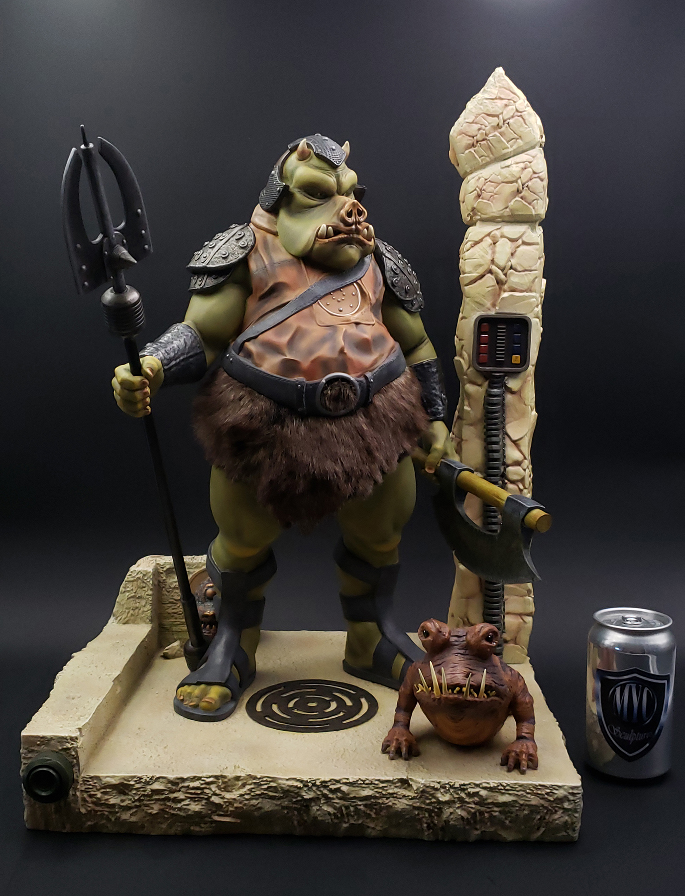 Gamorrean_Guard_MYC_Custom_Statue_02