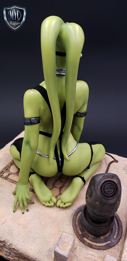 Oola_Star_Wars_Statue_20