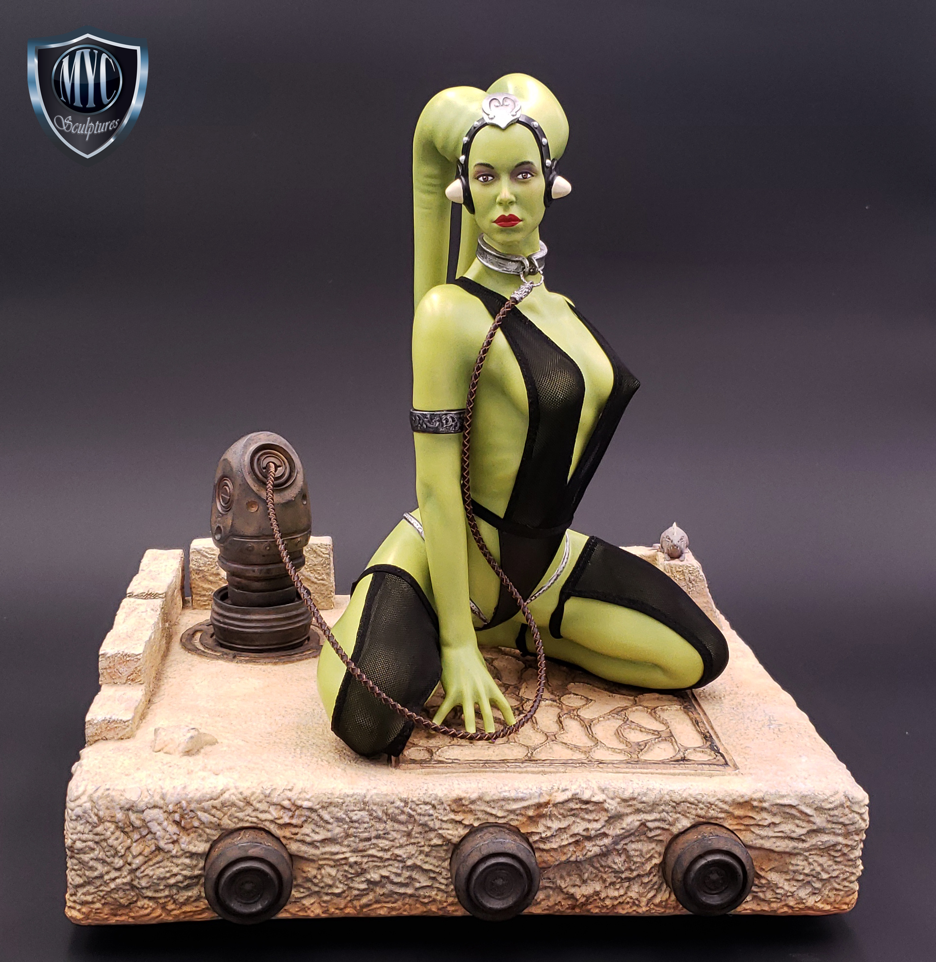 Oola_Star_Wars_Statue_21