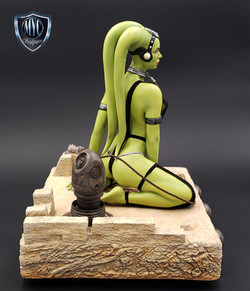 Oola_Star_Wars_Statue_07