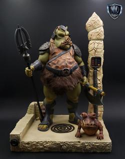 Gamorrean_Guard_MYC_Custom_Statue_01