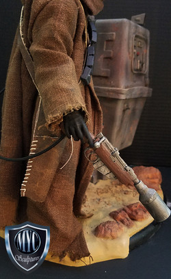 Jawa_and_Gonk_Droid_Statue_05