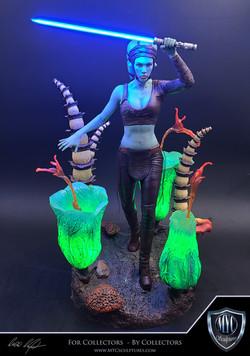 Aayla_Secura_MYC_Sculptures_Statue_03