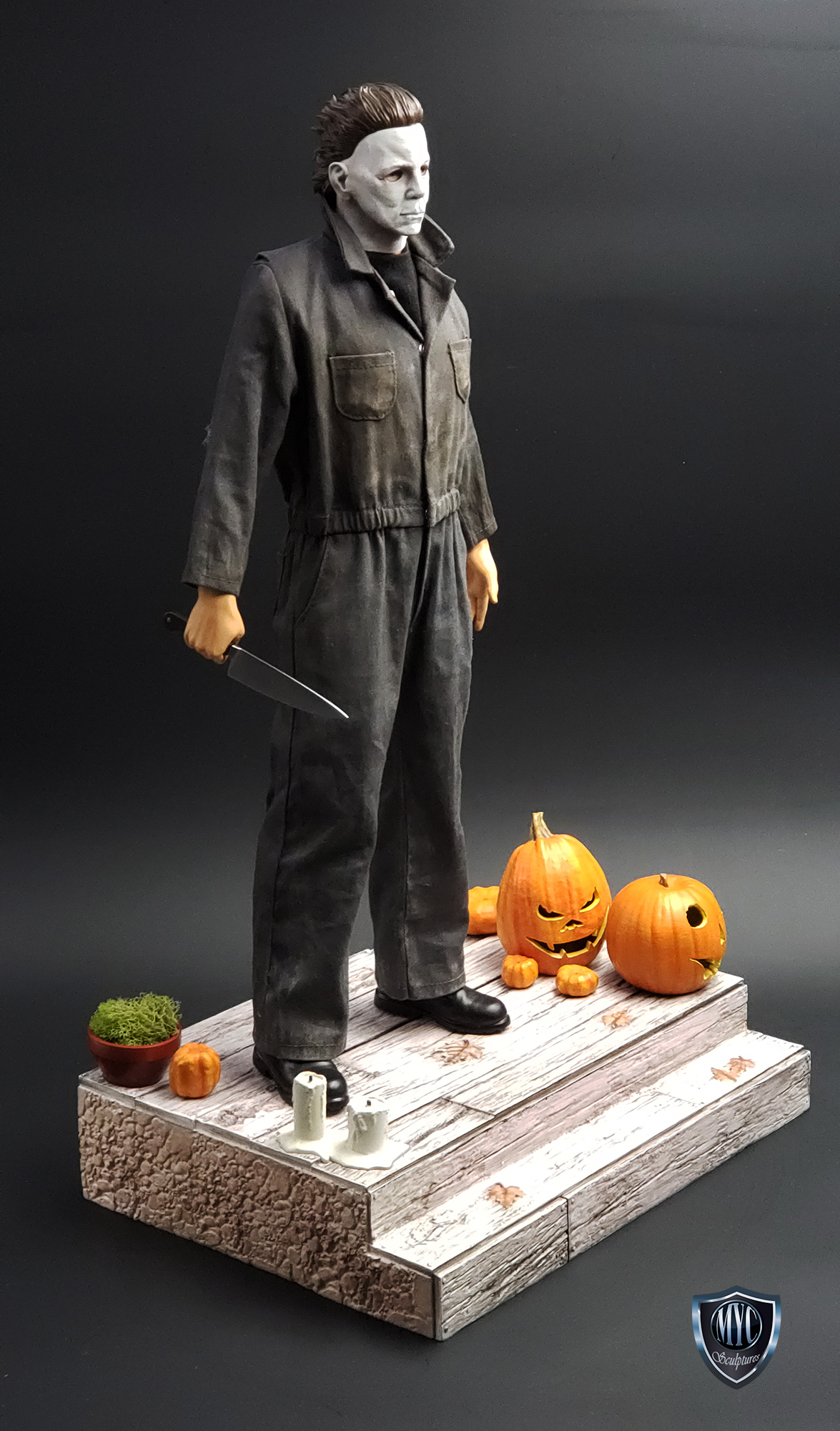Michael_Myers_Custom_Statue_02