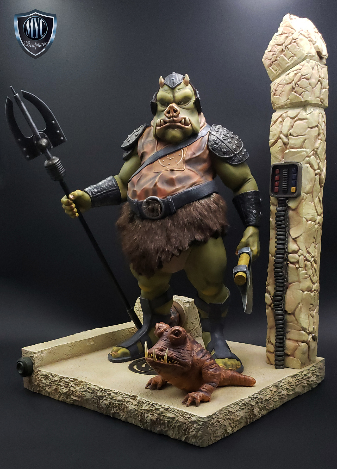 Gamorrean_Guard_MYC_Custom_Statue_03