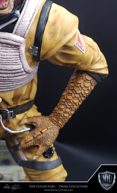 Bossk_Custom_Statue_09.jpg