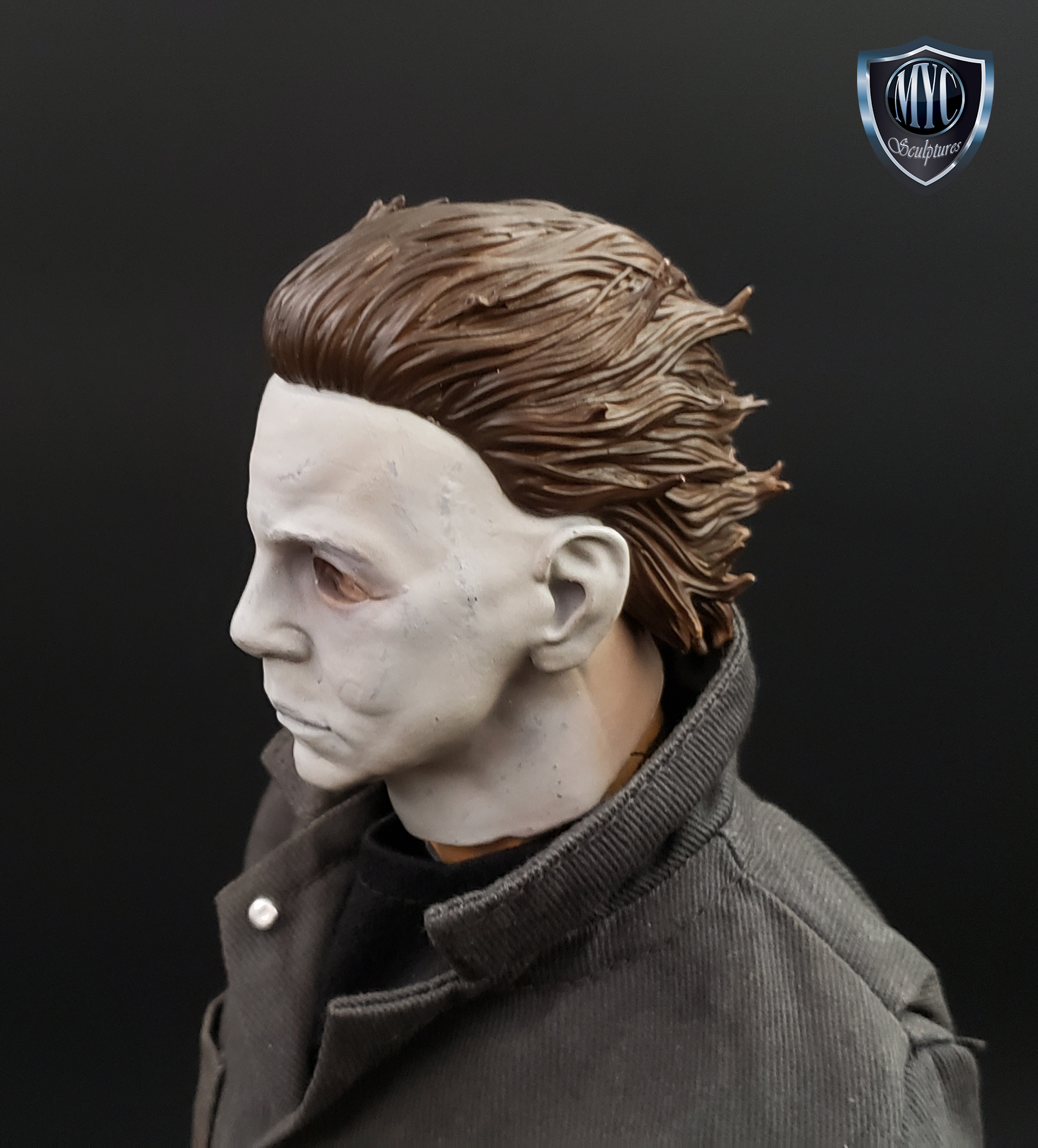 Michael_Myers_Custom_Statue_09