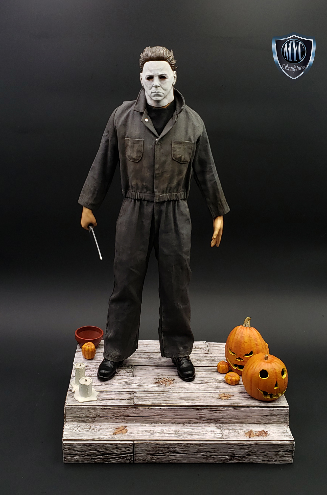 Michael_Myers_Custom_Statue_21