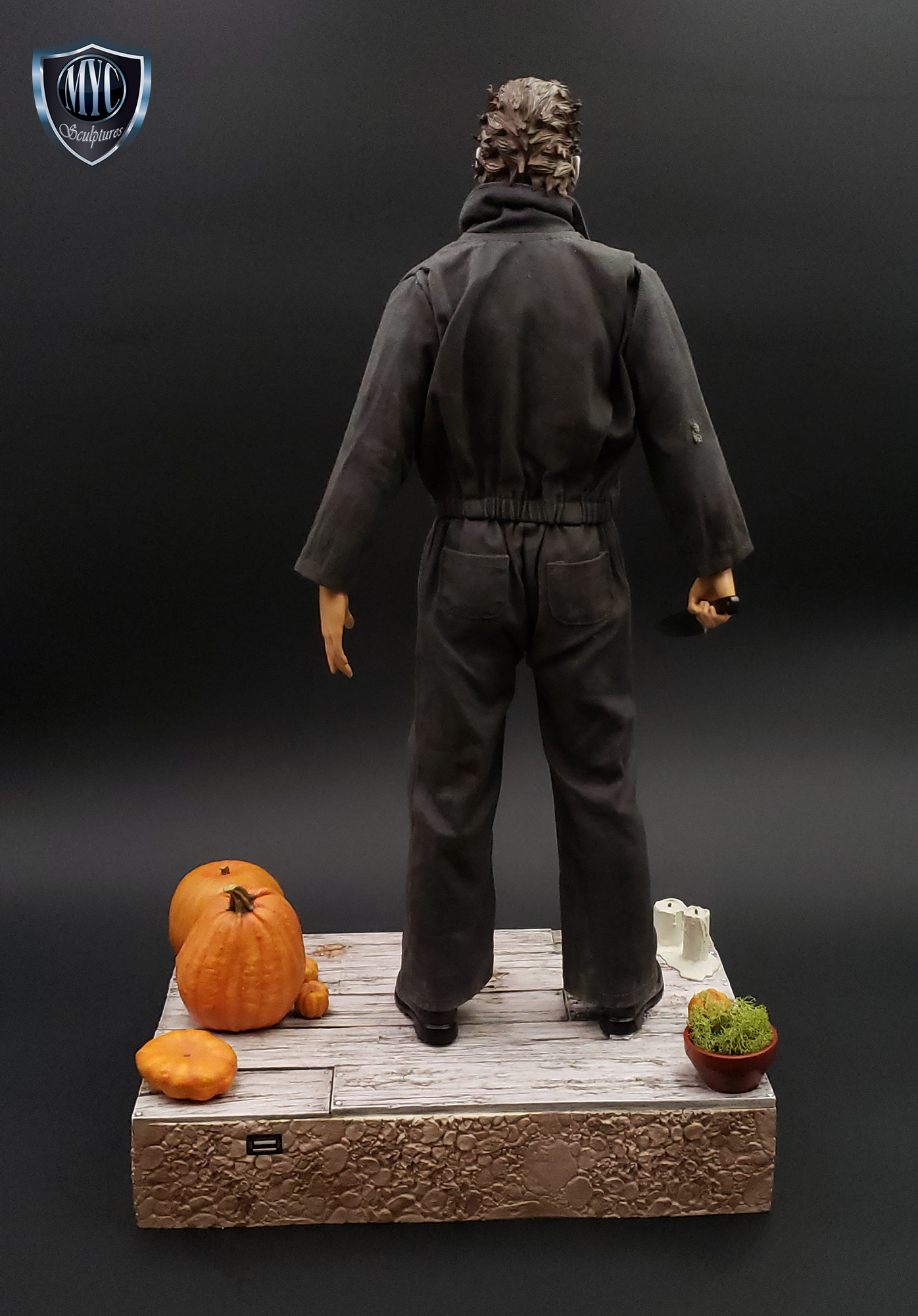 Michael_Myers_Custom_Statue_05