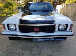 1976-Holden-HX-Monaro-GTS-Sedan-White-Cotillion  (109)