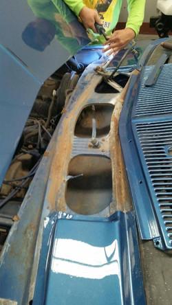 1975-Holden-Monaro-HJ GTS-Sedan-Panel-and-Paint-8
