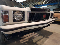 1976-Holden-HX-Monaro-GTS-Sedan-White-Cotillion  (41)