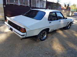 1976-Holden-HX-Monaro-GTS-Sedan-White-Cotillion  (113)
