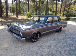 1966-Valiant-VC-V8-Sedan